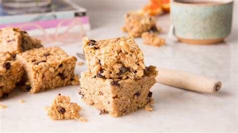 oatmeal cherry breakfast bars harvest market natural foods