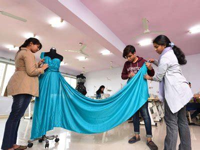 fashion design university courses best fashion designing college in kolkata b sc in