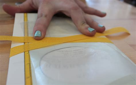 How To Make A Paper Seal - how to make a belly band for invitation