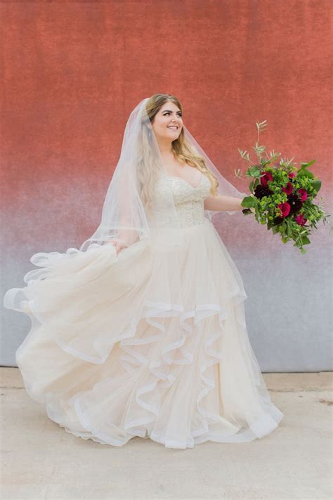 93 best Bridal Gowns for the Curvy Bride images on