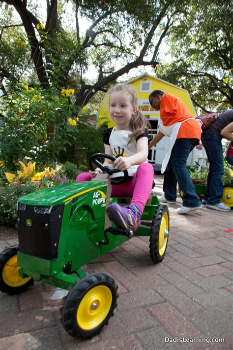 girls on john deere tractors john deere girls related keywords suggestions john