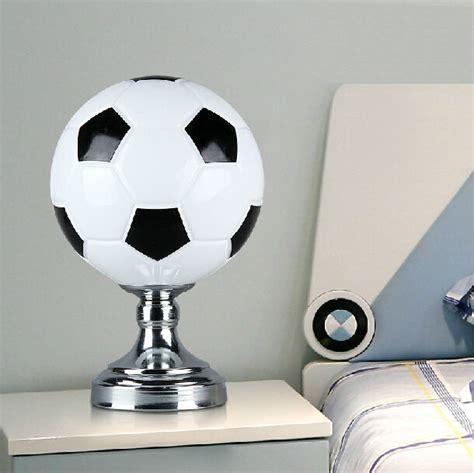 illuminazione co da calcio acquista all ingrosso calcio lada da comodino da