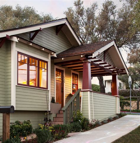 craftsman bungalows craftsman bungalow remodel craftsman porch santa