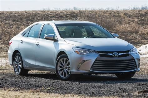 Used 2015 Toyota Camry Used 2015 Toyota Camry For Sale Pricing Features Edmunds