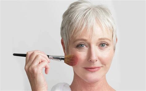 make up 2015 for women over 50 the best make up for women over 50 what every woman needs