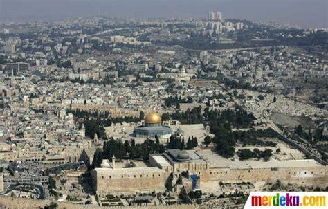 film perang yerusalem foto pemandangan masjidil aqsa di yerusalem dari udara