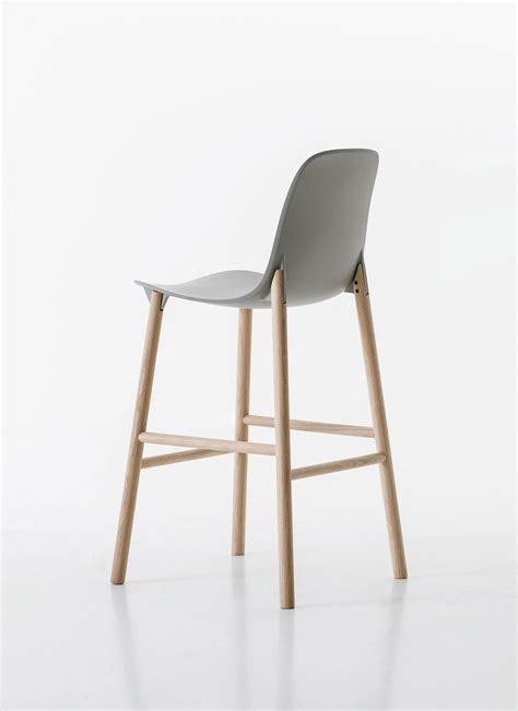 bar stools high back sharky barstool high back bar stools from kristalia