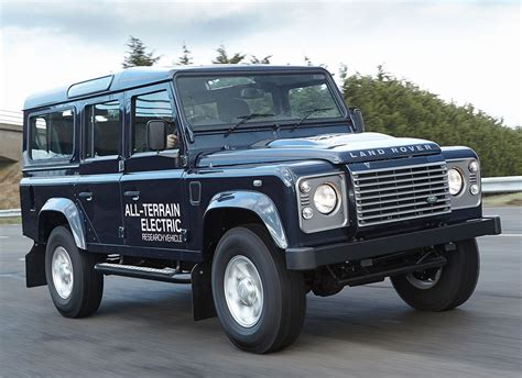 Electric Land Rover Defender Photo 12 12999