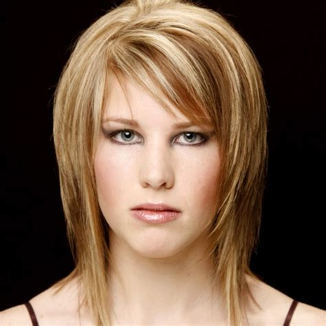 Medium Hairstyles With Layers by Layered Haircuts With Side Fringe Haircuts Models