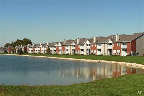 lakeshore appartments lakeshore apartments evansville in apartment finder
