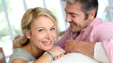 dating couch amercian dating coach erika e advises us what to expect