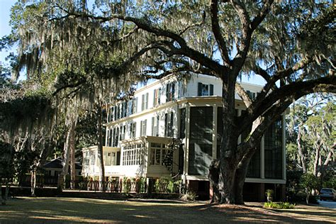 wormsloe plantation house wormsloe plantation well worth the trip savannah for 91