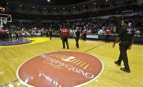 layout of valley view casino center warriors game day has valley view casino center fixed