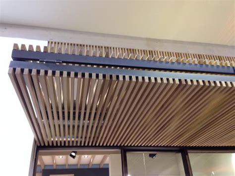 controsoffitto a doghe controsoffitto a doghe verticali in legno listelli di