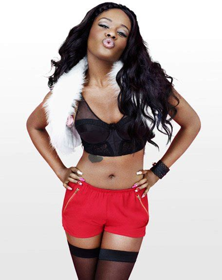 New Banks Photoshoot In Nyc by Azealia Banks Strikes Back In Social Media War With T I