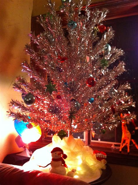 color wheel tree light aluminum tree notice the colored light whell on