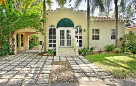 homes trading for price in coral gables coral