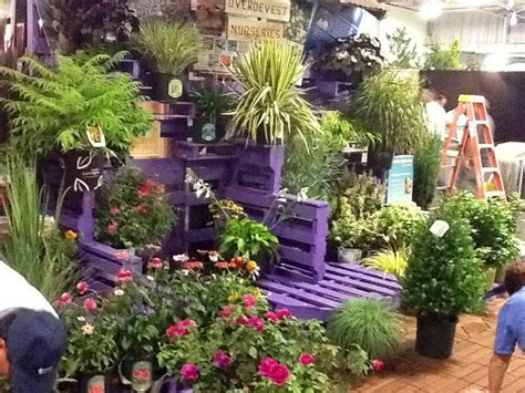 Garden Center Display Ideas by Garden Display Using Pallets Painted Purple Offsetting