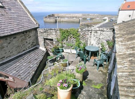 outdoor eating area the white ship in portsoy banffshire sleeps 6