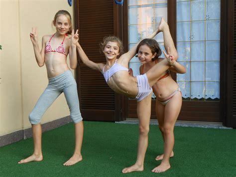 Icdn Ru Nude Girl Autocar Show