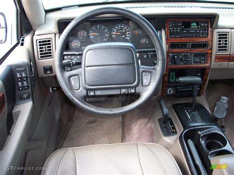 1995 Jeep Grand Laredo Interior 1995 White Jeep Grand Limited 4x4 29097767