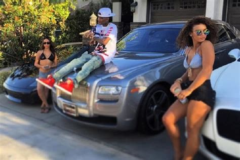 soulja boy house is soulja boy lying about owning a rolls royce and bmw i8