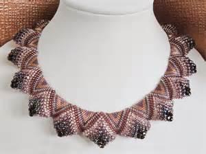 схема плетение из бисера жгутов