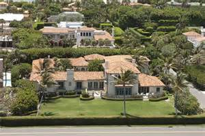 Trump Mansion Ivana Trump S Palm Beach Mansion Sold For 16 6 Million
