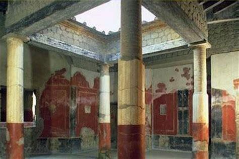 libreria giorgio lieto nel sito archeologico degli scavi di ercolano un area