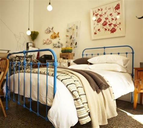 spray painting metal bed frame painted metal metal beds and beds on
