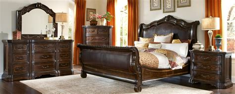 Valencia Bedroom Furniture Valencia Upholstered Sleigh Bedroom Set From 209155 2304 Coleman Furniture