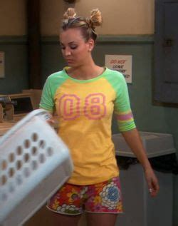penny big bang theory messy bun 170 best images about penny s clothes from the big bang