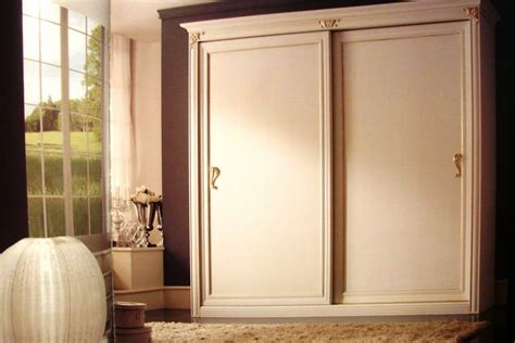 classic wardrobe wardrobe with 2 sliding doors for luxury residences