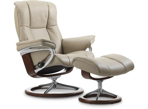 stressless mayfair recliner stressless 174 mayfair leather recliner signature base
