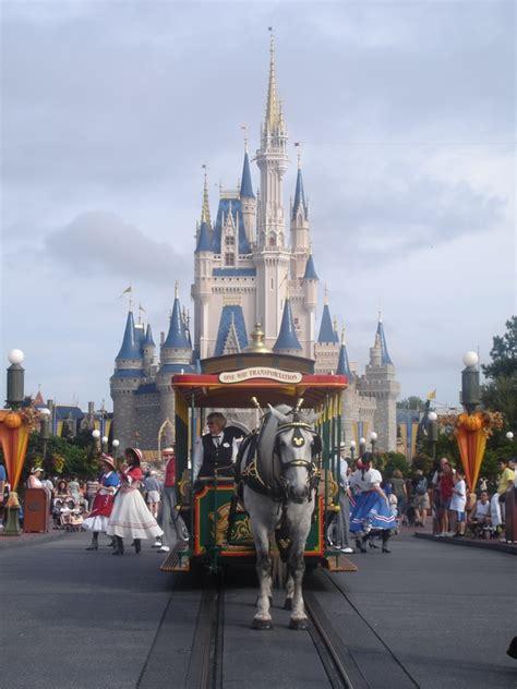 theme park attendance themed entertainment association releases 2014 park