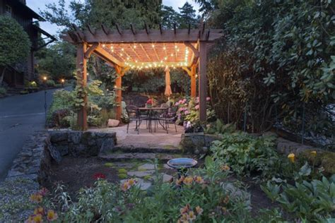 7 beautiful outdoor lighting exles for portland landscaping
