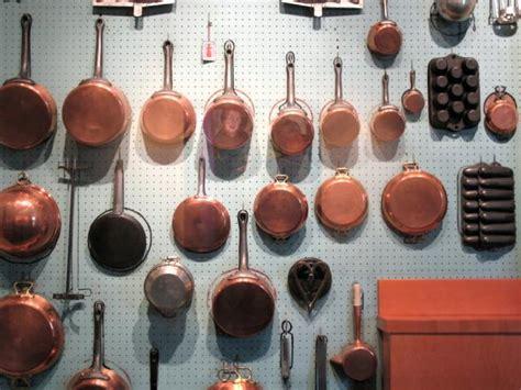copper pots as kitchen decor remodelista copper pots as kitchen decor remodelista