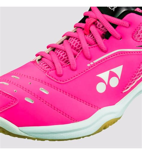 Kaos Badminton Yonex 65 Merah Pink yonex power cushion 65r2 pink