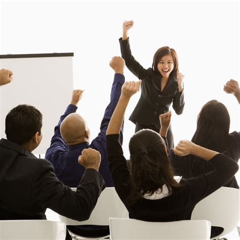 the cheerleading manager tips for helping your sales team succeed