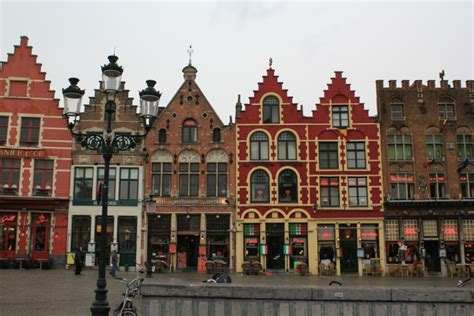 5 of the most charming small towns in america 24 secret small towns in europe you must visit