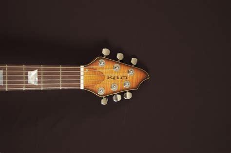 ram guitars vectis