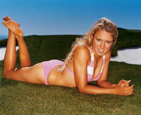 hot female disc golfers professional golfer natalie gulbis barnorama