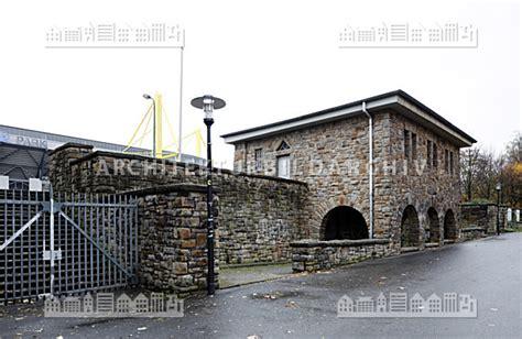 Rotes Haus Dortmund by Stadion Rote Erde Dortmund Architektur Bildarchiv