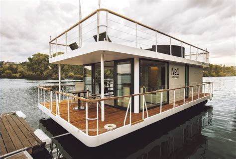 living in a house boat no1 houseboat no1 living in prague