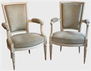 paire de fauteuils de style louis xvi epoque xxe si 232 cle