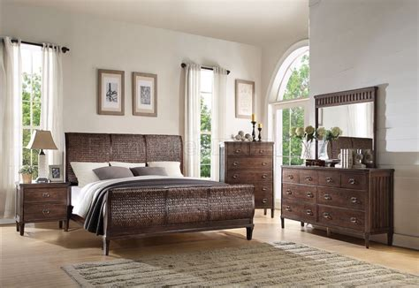 oak bedroom set in cherry finish bungalow by ayca ay ap5 mazen bedroom 23950q in cherry oak finish by acme w options