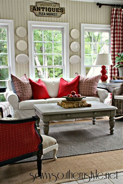 southern decorating savvy southern style a change of colors in the sun room