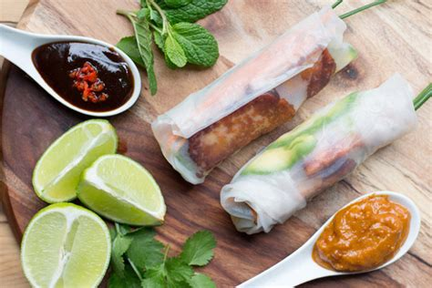 How To Make Vegetarian Rice Paper Rolls - vegetarian rice paper rolls grab your spork