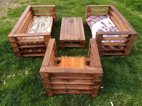 Handmade Pallet Furniture - wood pallet garden furniture set 99 pallets