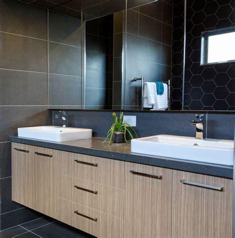 ensuite vanity by bourkes kitchens benchtop caesarstone